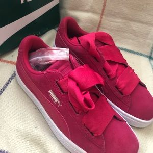 Red puma sneakers